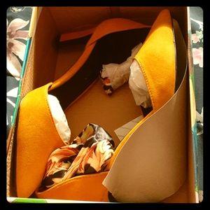 Shoe Republica LA Classy Apricott Lace Up Heels